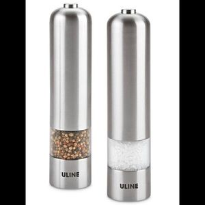 NEW Salt pepper grinder shaker